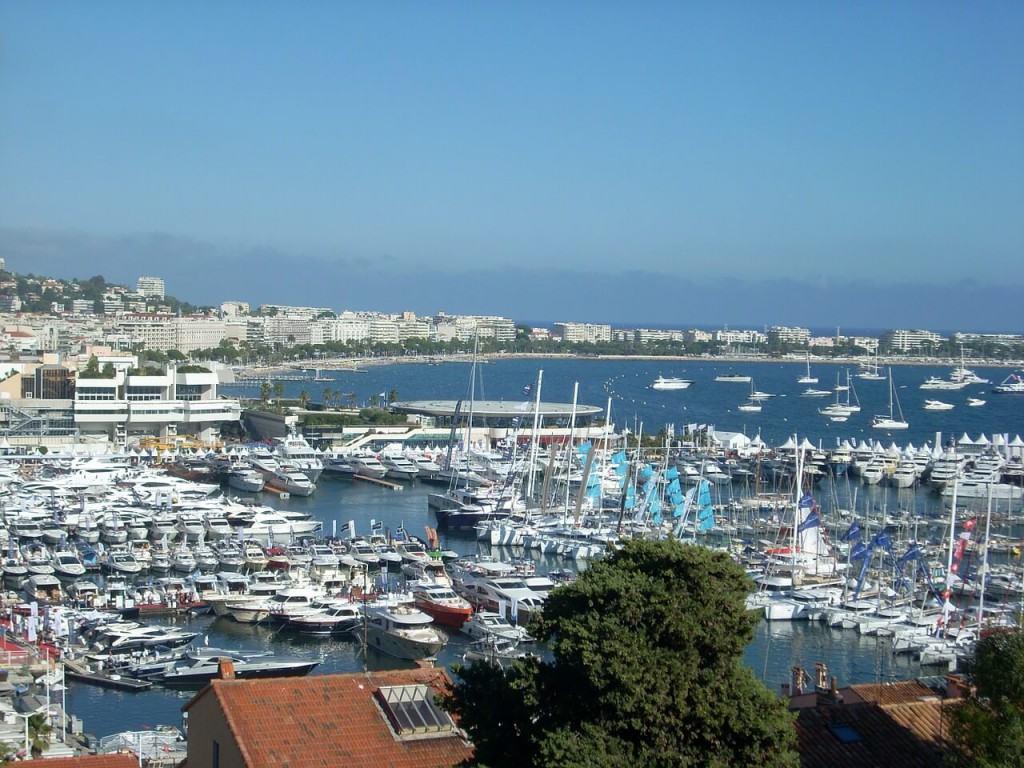 View on nice port