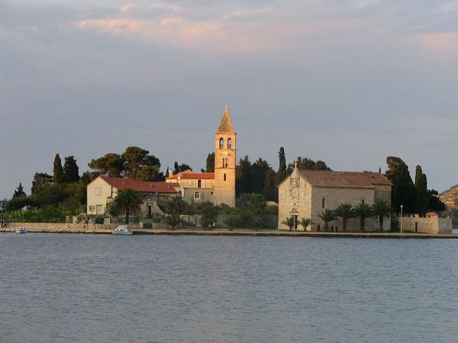 View on Cathedral in VIS