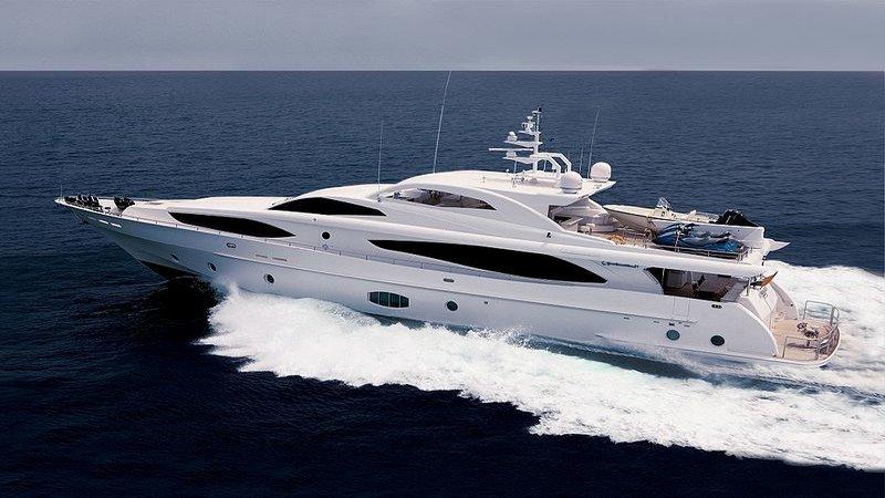 rsz_motor_yacht_2