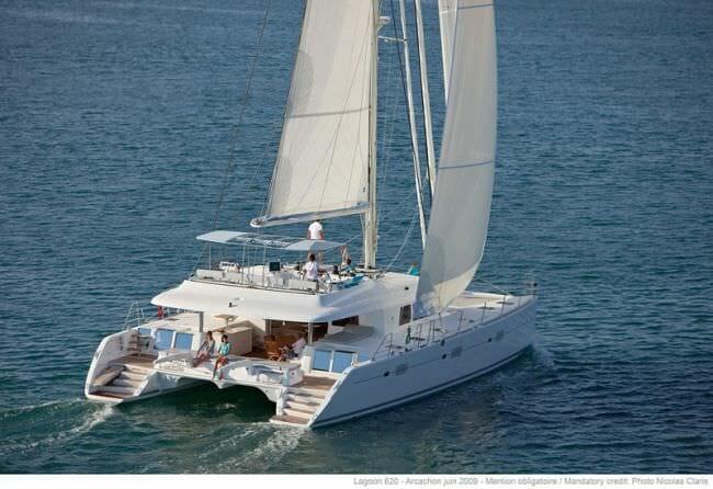 Lagoon 620 catamaran charter