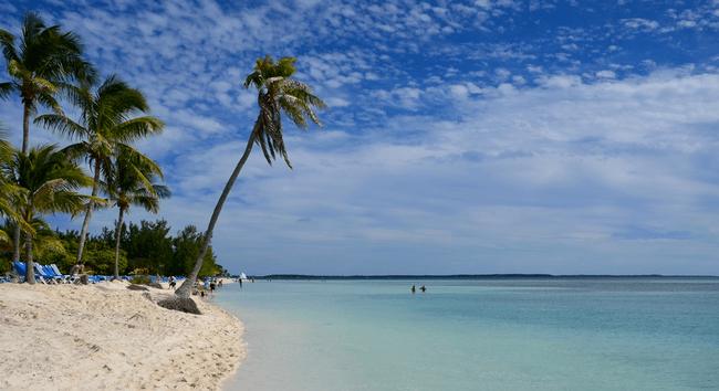 Beach in Berry Island