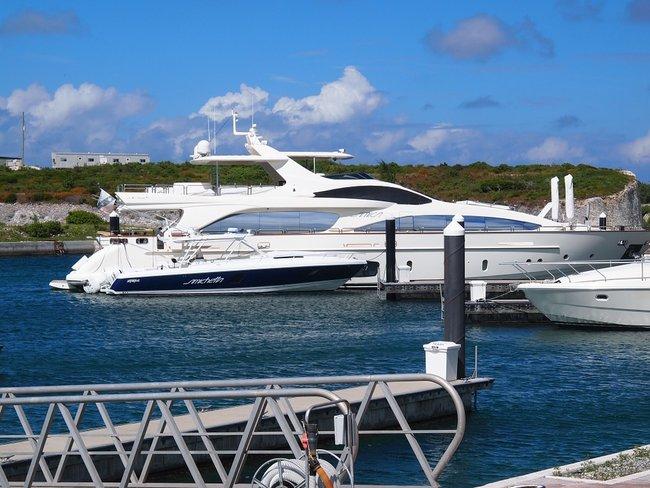 Yachts in Bahamas marina