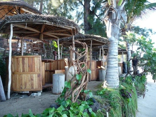 Restaurant near the shoreline