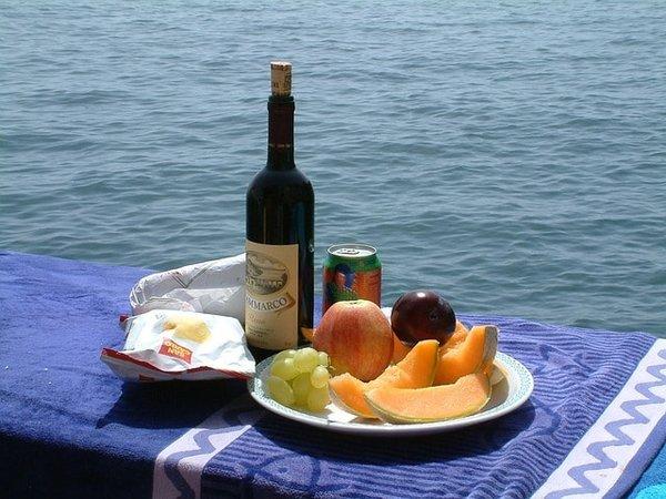 Breakfast on the water