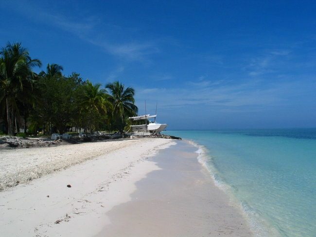Beach in Mangrove Cay