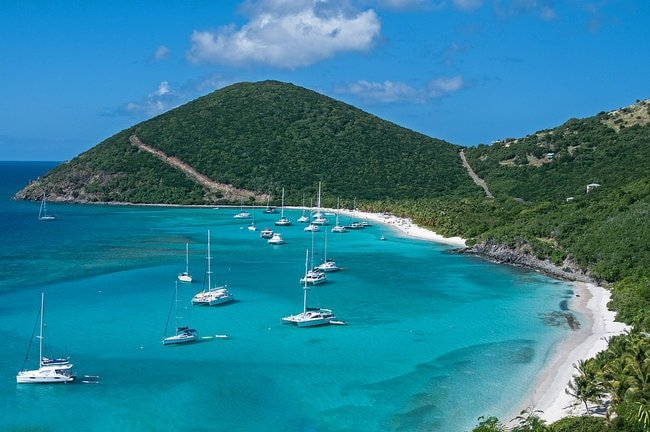 Boats on the water in the BVI