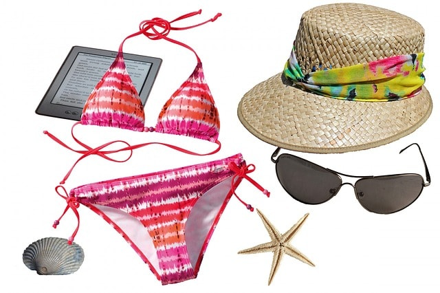 Bath suit, sun glass and hat