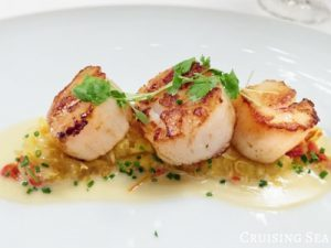 broiled-scallops on a plate