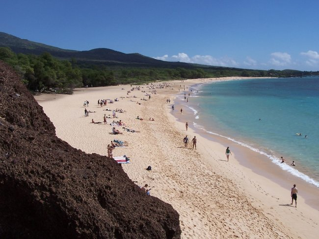 Makena Landing Beach park for snorkeling in Maui