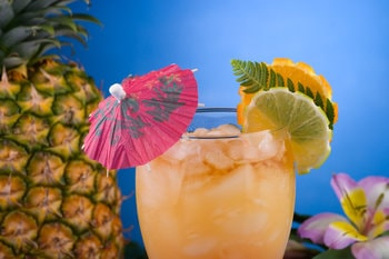 Easy Mai Tai Summer Cocktail