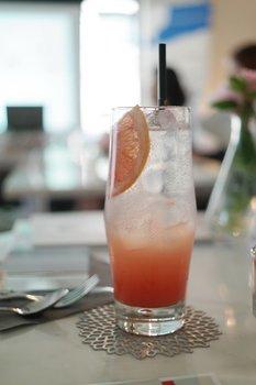 Grapefruit Crush Summer Cocktail