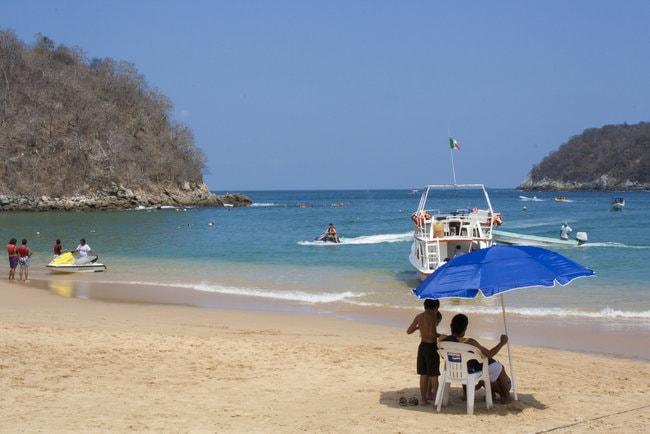 Huatulco snorkeling spot in Mexico