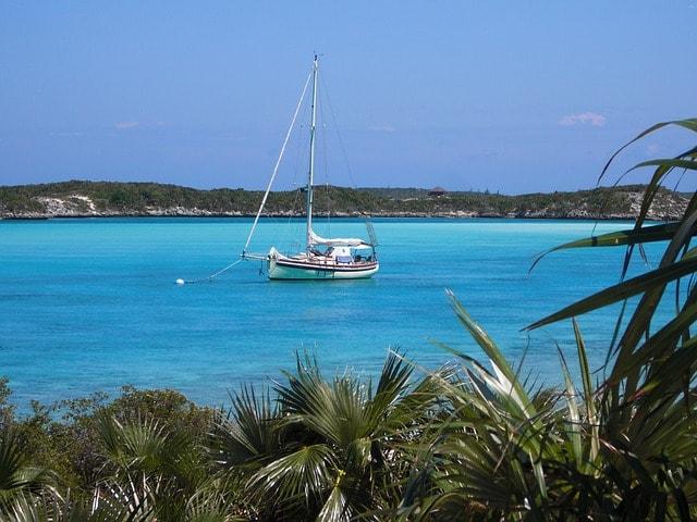 Bareboat charter in Belize