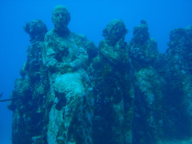 Cancun Mexico diving charter vacation