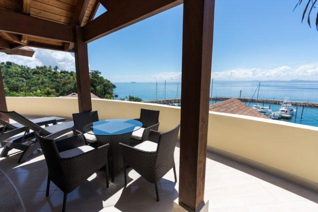 Marina Puerto Bahia Terrasse