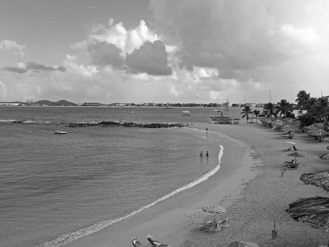 Down Beach in St MArteen