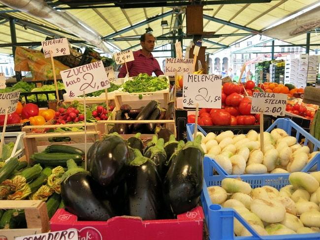 Venetian commercial market