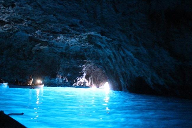 Blue Grotto in Capri tour