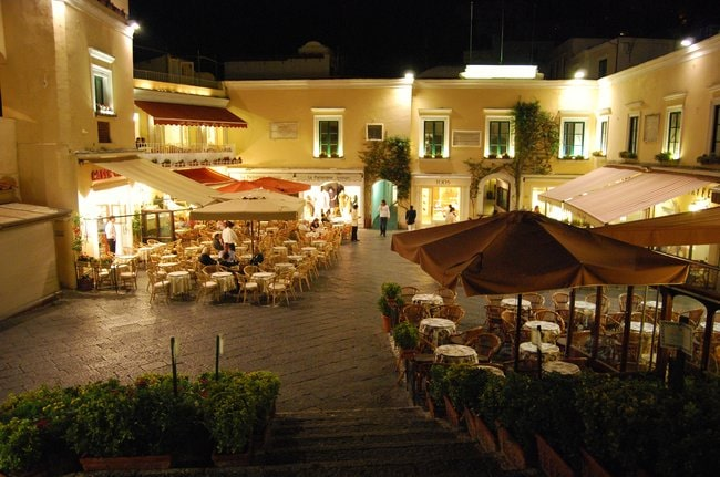 La Piazzetta in Capri tour from Sorrento or Naples