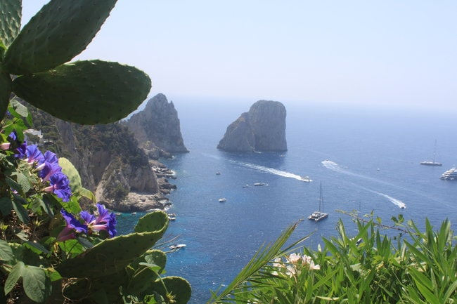 Capri boat tour from Sorrentto or Naples