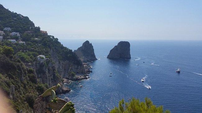 Boat tour at Giardini Di Augusto Capri