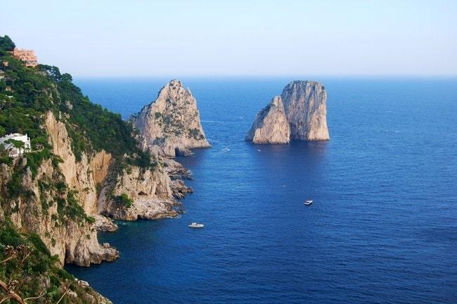 Capri boat tour I faraglioni