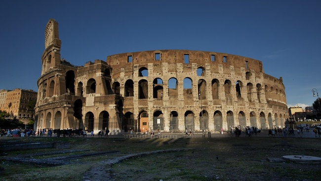 Colosseum Small Group Tour with Roman Forum and Palatine Hill walking tour