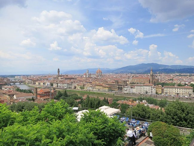 Florence Vespa Tour Tuscan Hills and Italian Cuisine