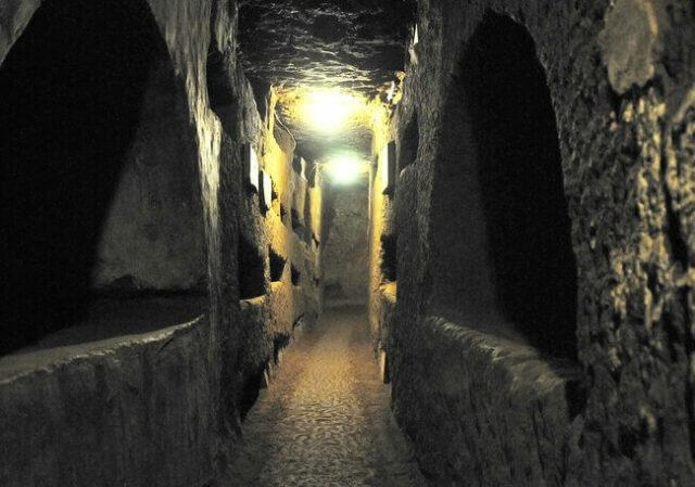 Visiting Rome Catacombs