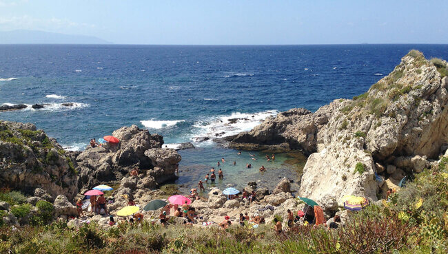 Pisnina Di Venere Beach Capri Italy