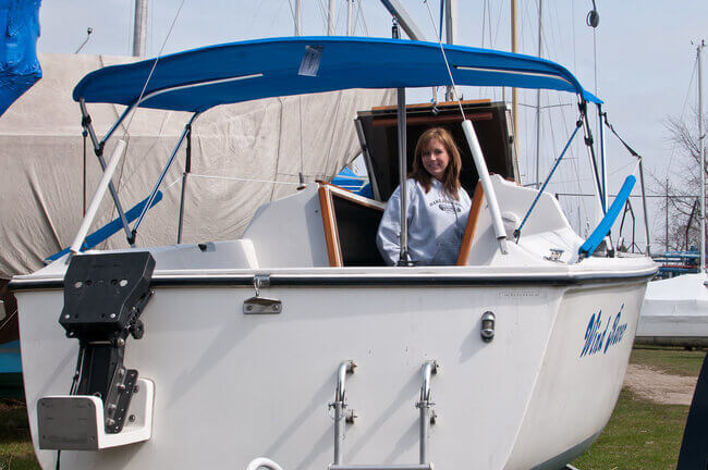 Selecting a Bimini top for your boat
